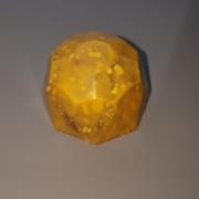 Produktbilde av brunostkaramell og aprikostrøffel konfekt